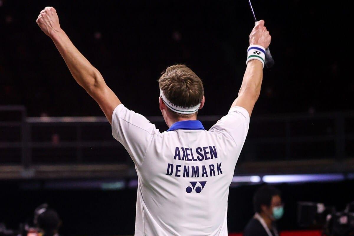 Viktor Axelsen - Glæde - Thailand Open - Badmintonphoto
