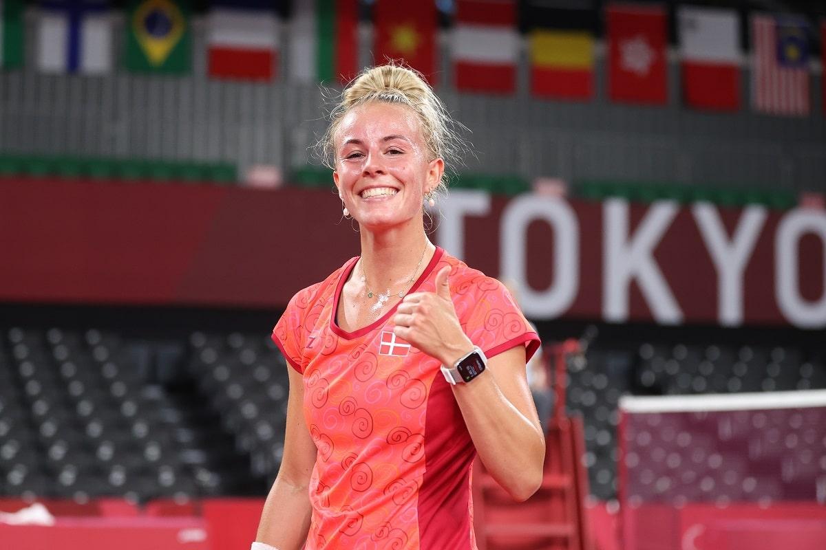 Mia Blichfeldt - OL - Tokyo 2020 - Lege - Glad - sejr - glæde - tommel op - thumbs up